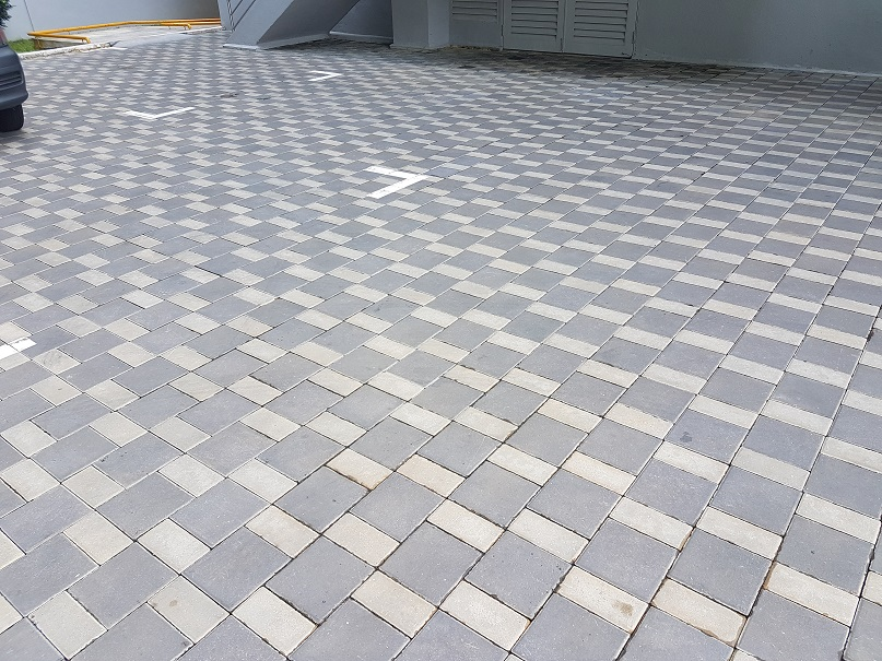 close-up-of-interlocking-paving-pattern