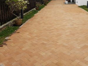 Clay pavers bungalow driveway
